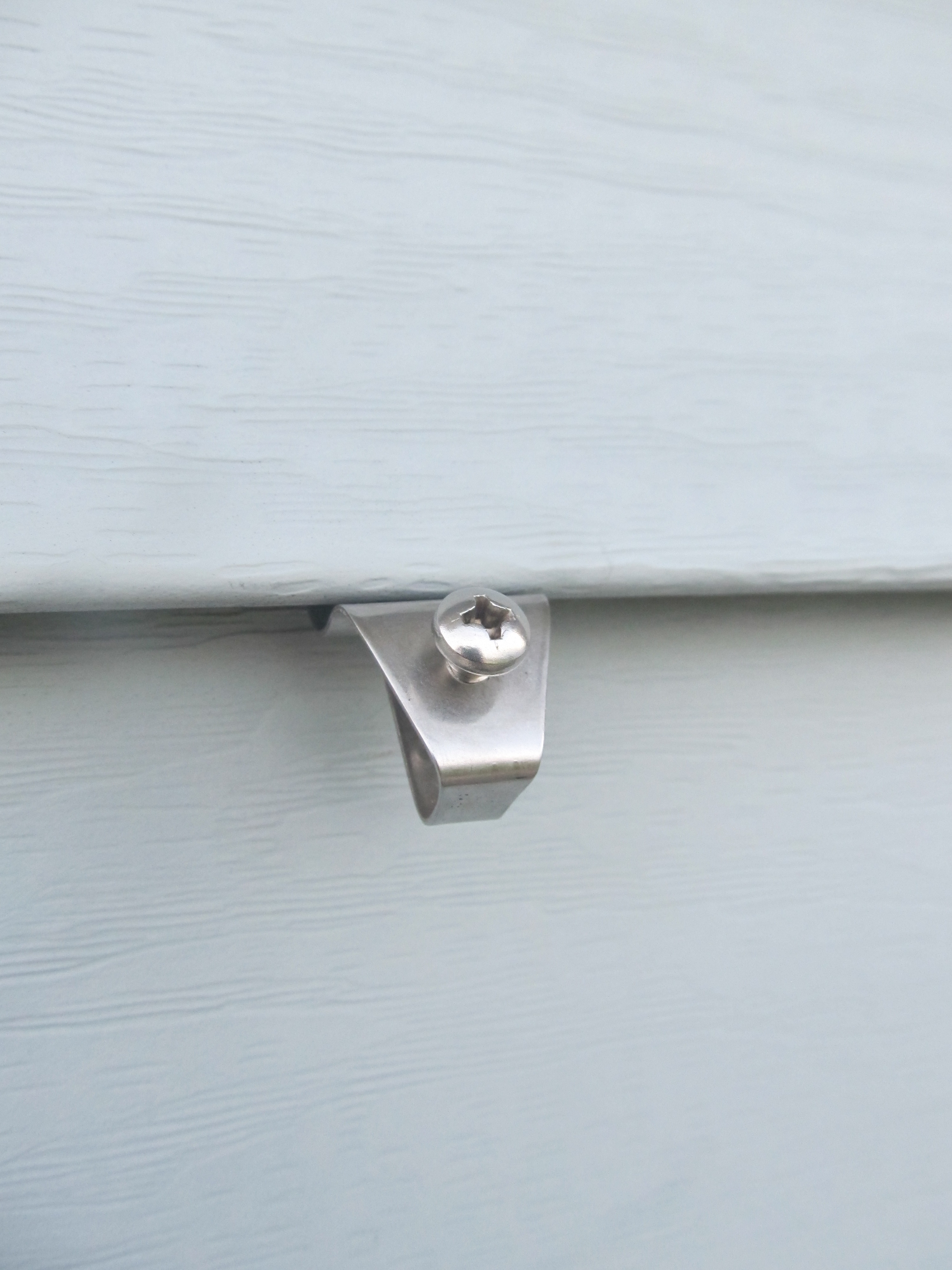 No Hole Vinyl Siding Hook Low Profile With Screw Style For