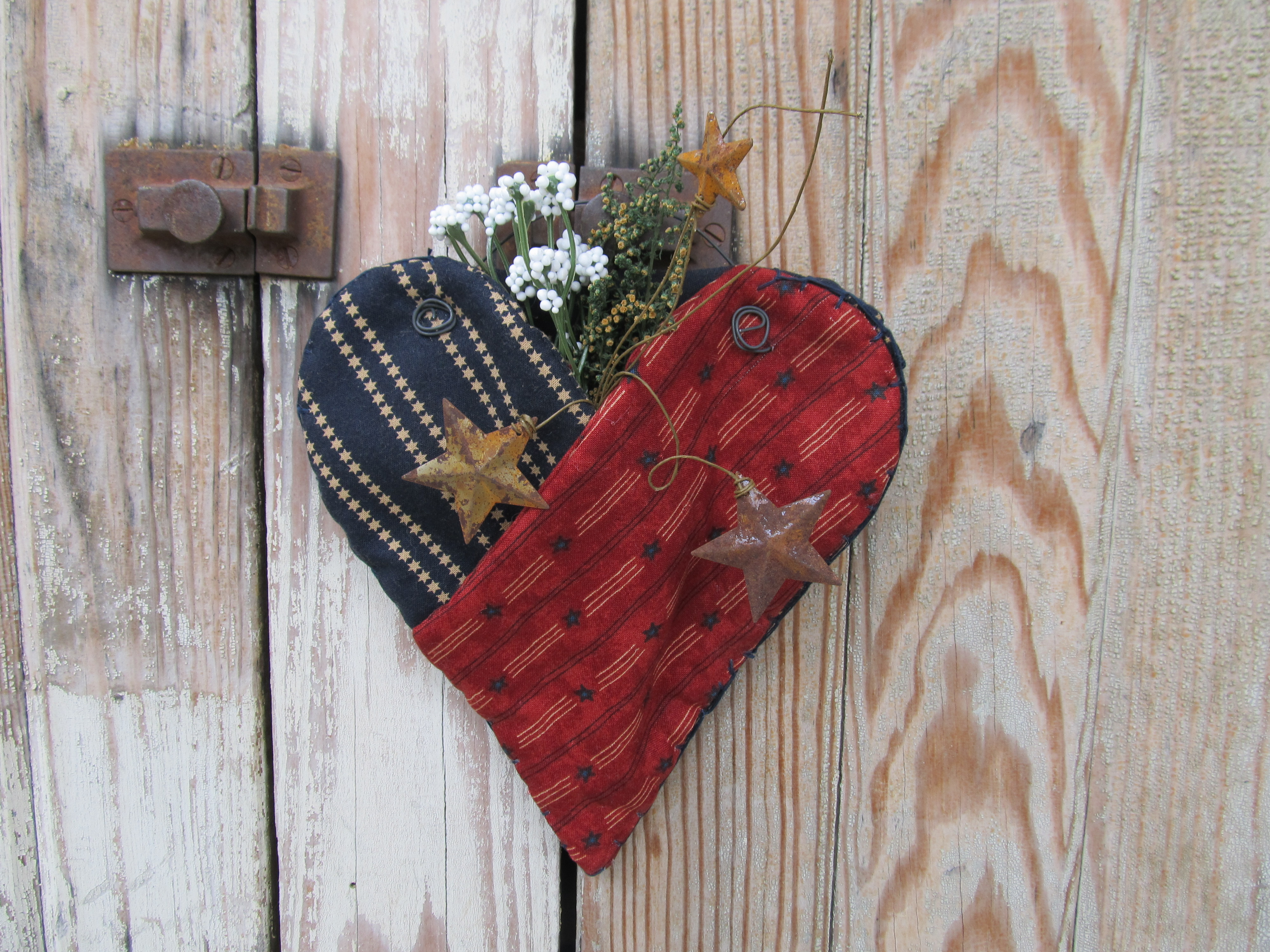 Primitive Americana Patriotic Heart Shaped Fabric Hanging