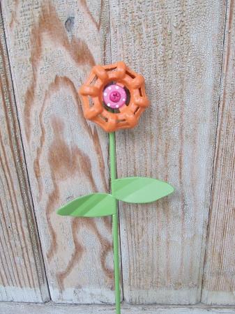 home primitive spring decor orange metal faucet flower garden decor stake - Orange Garden Decor