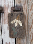 Rustic Primitive Barn Board Hand Painted Daisy Flower Sign