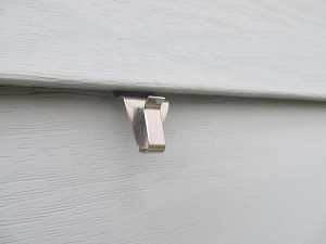 No Hole Vinyl Siding Hook Low Profile Style