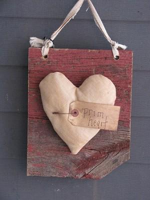 Primitive Barn Board Prim Heart Wooden Sign A