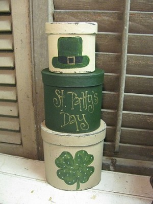 Primitive Shamrock Clover Stacking Boxes