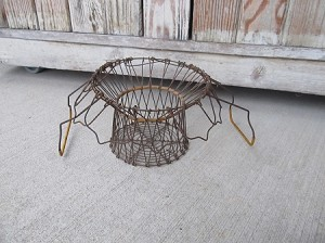 Antique Vintage Farm House Primitive 2 Layered Wire Collapsable Egg Basket Yellow