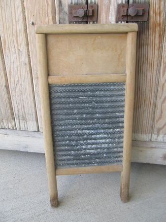 Antique Vintage Primitive Old Zinc Small Washboard Scrub
