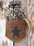 Primitive Star Rusty Tin Hanging Pocket