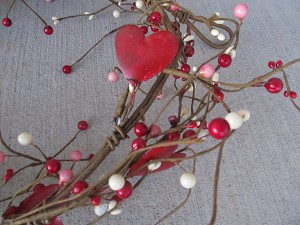 Primitive Valentine Tin Hearts and Mixed Berry Pip Garland