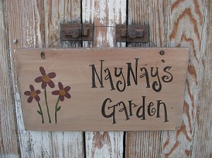 Primitive Flower Bunch Personalized Wooden Sign