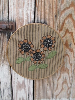 Primitive Hand Made Sunflowers Vintage Embroidery Hoop Frame