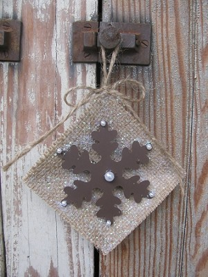 Primitive Burlap and Rusty Tin Snowflake and Pearls Plate Ornament