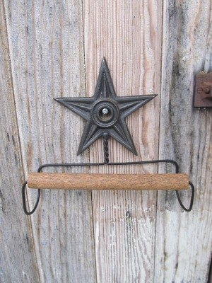 Primitive Iron Star Wall Mount Towel Holder