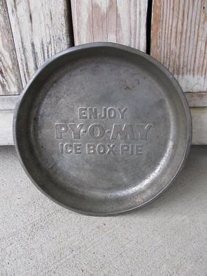 Antique 1950's Vintage Py O My Ice Box Pie Pan with Advertisement