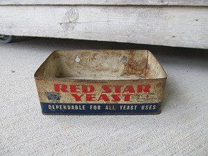 Antique Vintage Primitive Red Star Yeast Tin Store Display Box Rare