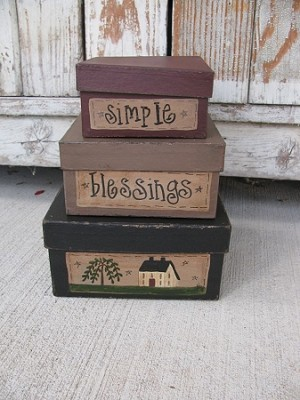 Primitive Small Saltbox House and Willow Square Set of 3 Stack Boxes with or with out Light
