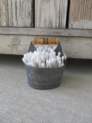 Farmhouse Primitive Rustic Small Galvanized Toiletries Caddy